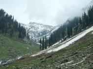 Asisbiz Kashmir Pahalgam Valley Treking by mountain pony India Apr 2004 071