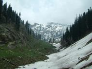 Asisbiz Kashmir Pahalgam Valley Treking by mountain pony India Apr 2004 072