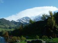 Asisbiz Kashmir Pahalgam Valley Treking by mountain pony India Apr 2004 106