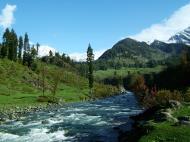 Asisbiz Kashmir Pahalgam Valley Treking by mountain pony India Apr 2004 107