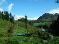 Asisbiz Kashmir Pahalgam Valley Treking by mountain pony India Apr 2004 108