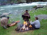 Asisbiz Kashmir Pahalgam Valley campsite India Apr 2004 01