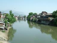 Asisbiz Kashmir Srinagar old city center India Apr 2004 08