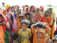 Asisbiz Rajasthan Jaisalmer Thar Desert tribes Gypseys Arp 2004 02