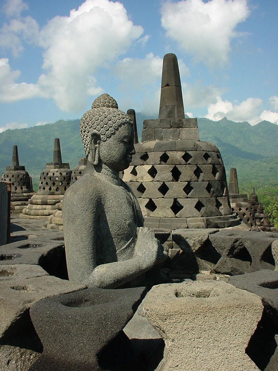 Java Yogyakarta Yogya Borobudur Pagoda Buddhas Aug 2000 01