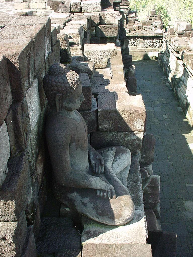 Java Yogyakarta Yogya Borobudur Pagoda Buddhas Aug 2000 03
