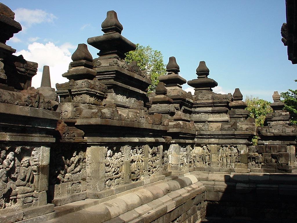 Java Yogyakarta Yogya Borobudur Pagoda Mosaics Aug 2000 02