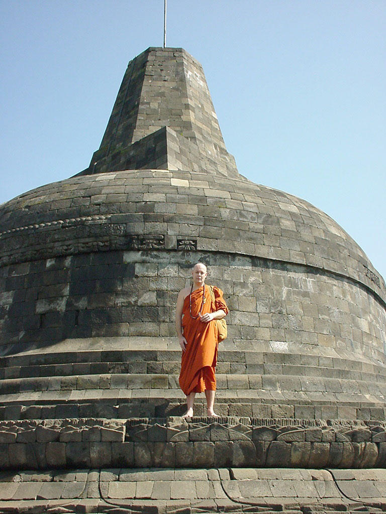 Java Yogyakarta Yogya Borobudur Pagoda stupas Aug 2000 02
