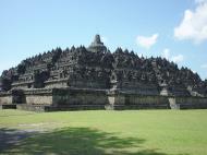 Asisbiz Java Yogyakarta Yogya Borobudur Pagoda Aug 2000 03