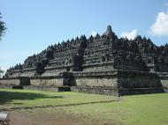 Asisbiz Java Yogyakarta Yogya Borobudur Pagoda Aug 2000 04
