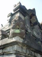 Asisbiz Java Yogyakarta Yogya Borobudur Pagoda Mosaics Aug 2000 12