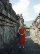 Asisbiz Java Yogyakarta Yogya Borobudur Pagoda Mosaics Aug 2000 16