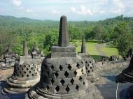 Asisbiz Java Yogyakarta Yogya Borobudur Pagoda stupas Aug 2000 03