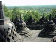 Asisbiz Java Yogyakarta Yogya Borobudur Pagoda stupas Aug 2000 05