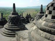 Asisbiz Java Yogyakarta Yogya Borobudur Pagoda stupas Aug 2000 06
