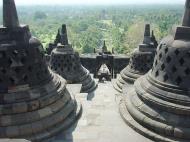 Asisbiz Java Yogyakarta Yogya Borobudur Pagoda stupas Aug 2000 07