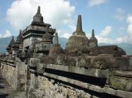 Asisbiz Java Yogyakarta Yogya Borobudur Pagoda stupas Aug 2000 11