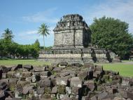 Asisbiz Mendut Temple Mungkid Magelang Regency Central Java Aug 2000 02