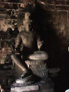 Asisbiz Mendut Temple Mungkid Magelang Regency Central Java Aug 2000 15