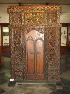 Asisbiz Indonesia Jakarta National Museum Gajah Artifacts Aug 2000 06
