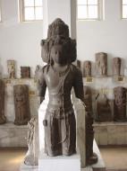 Asisbiz Indonesia Jakarta National Museum Gajah Artifacts Aug 2000 14