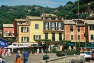 Asisbiz Travel photos featuring local Architecture around Rapallo Italy 10