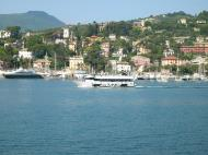 Asisbiz Wikipedia the sea front and harbour of Rapallo 01