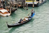 Asisbiz Grand Canal Venice Veneto Italy 07