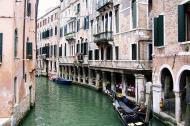 Asisbiz Venice Canal Veneto Italy 01
