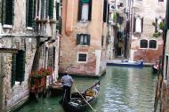 Asisbiz Venice Canal Veneto Italy 02