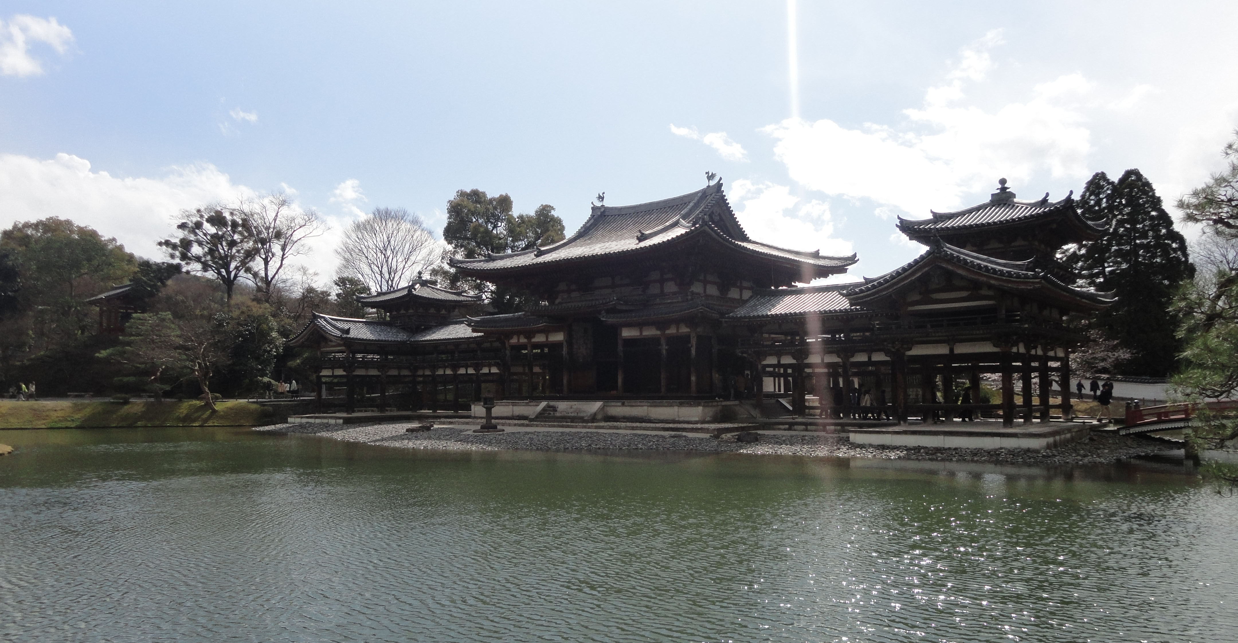 Byodo in temple Phoenix Hall Jodo shiki garden pond Kyoto Japan 03