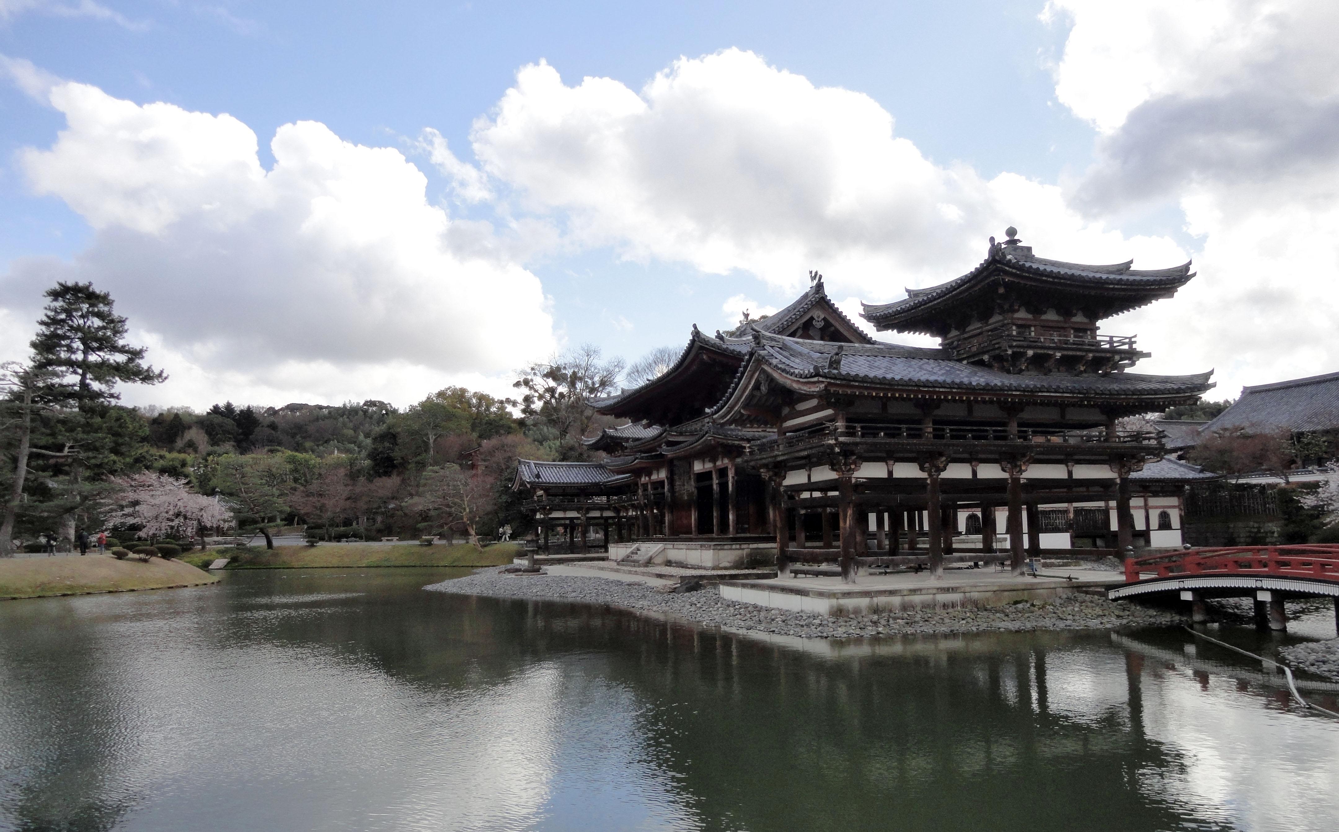 Byodo in temple Phoenix Hall and Jodo shiki garden Kyoto Japan 01