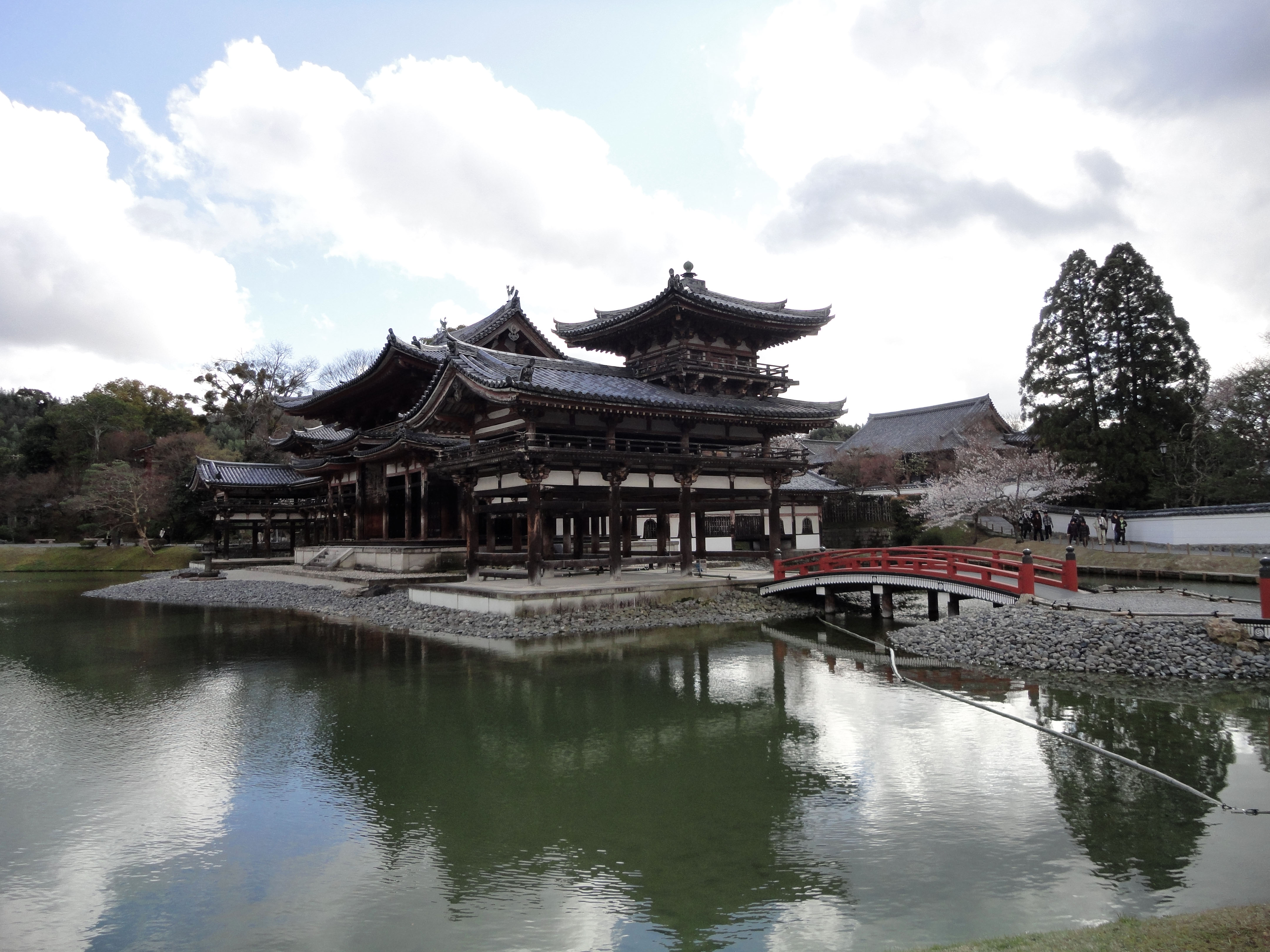 Byodo in temple Phoenix Hall and Jodo shiki garden Kyoto Japan 02