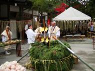Asisbiz Kinkaku ji Temple 18 the priests Kyoto Japan Nov 2009 04