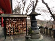 Asisbiz Kiyomizu dera Amida Do terrace during cherry blossom season Mar 2010 04