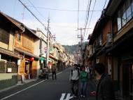 Asisbiz Otowa san Kiyomizu dera street walk Kyoto Nov 2009 01