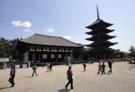 Asisbiz Tokon do Hall and adjoining five story pagoda Nara Japan 01