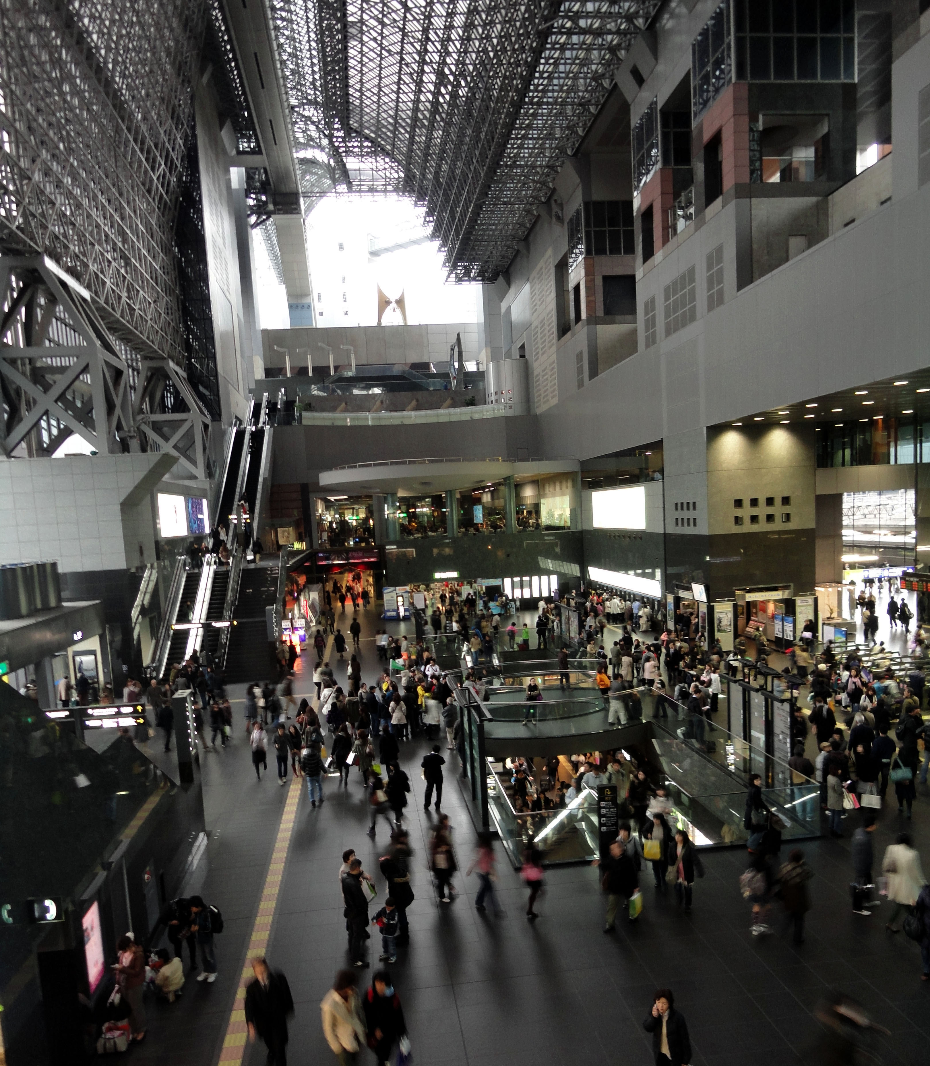 Asisbiz Photo S Of Kyoto Station 京都駅 Kyōto Eki Kyoto