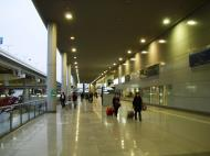 Asisbiz Osaka International Airport KIX RJBB Japan Nov 2009 02