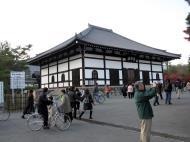 Asisbiz Cherry blossom season Tenryu sect Rinzai Zen Buddhist temple 2010 06