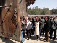 Asisbiz 1 Todai ji architecture magnificent huge pine doors Nara Japan 01