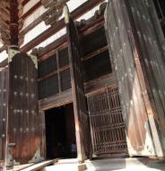Asisbiz 1 Todai ji architecture magnificent huge pine doors Nara Japan 03