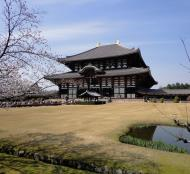 Asisbiz 1 Todaiji is grand in proportion largest wooden building and Buddha statue Japan 12