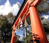 Asisbiz Ujigami shrine area temple entrance gate Mar 2010 01