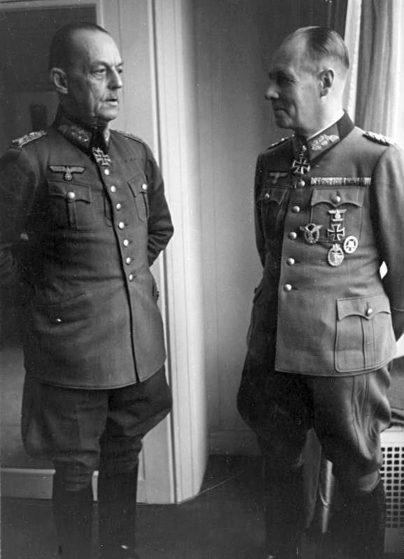 5 Bundesarchiv Bild 101I 718 0149 17A Paris Rommel und von Rundstedt 01