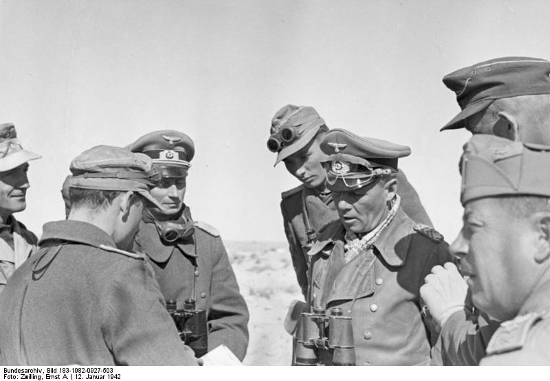 5 Bundesarchiv Bild 183 1982 0927 503 Bei El Agheila Rommel bei italienischer Division 01