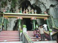 Selangor Sri Subramaniam Kovil Batu Caves entrance arch Sep 2000 01
