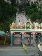 Selangor Sri Subramaniam Kovil Batu Caves stairway Sep 2000 01