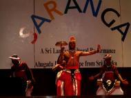 Asisbiz KL Maha Vihara Temple Saranga Dance Group May 2001 07