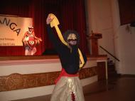 Asisbiz KL Maha Vihara Temple Saranga Dance Group May 2001 19